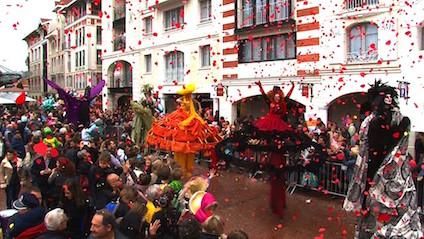 Carnaval Bassin d'Arcachon Les Pépites Girondines Fête Costumes Char