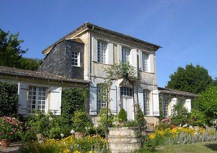 image132275-chateau-de-mongenan-portets
