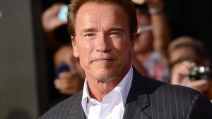 Arnold Schwarzenegger à Libourne fête le vin !